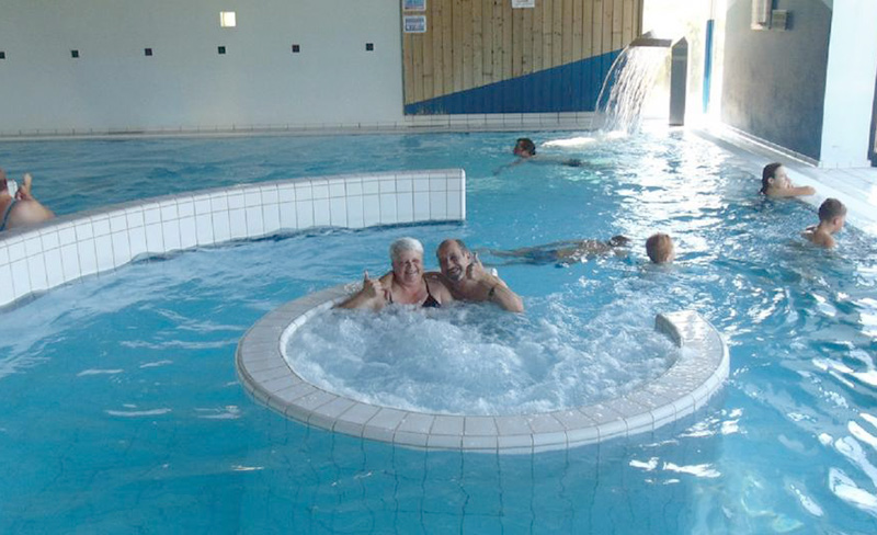 Camping oasis alsace mobil home oberbronn 67110 - Camping alsace piscine couverte ...