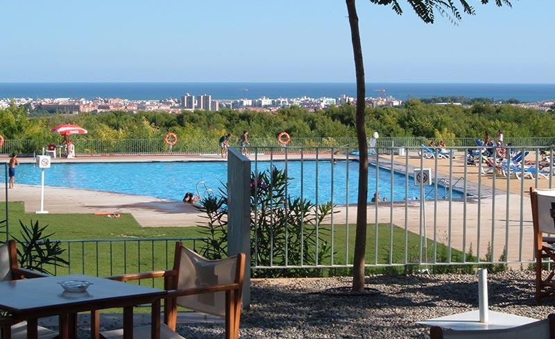 piscine sur la Costa Dorada