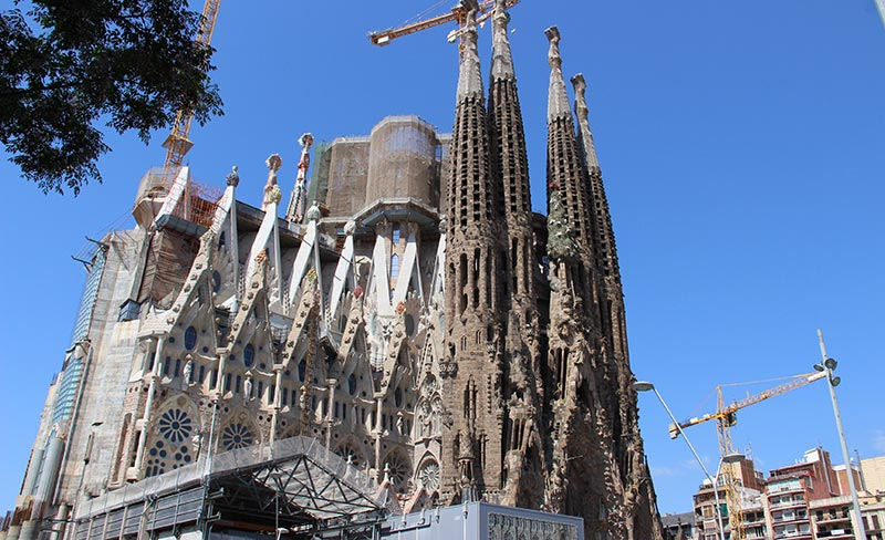 incontournable-barcelone-sagrada-familial