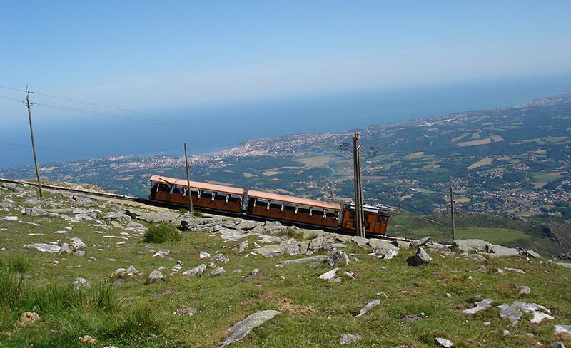pays-basque-train-de-la-rhune
