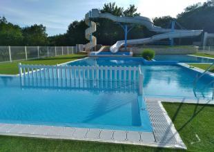 01-le-lizot-piscine-toboggan.