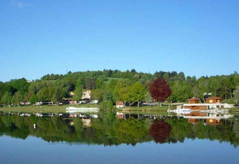 01-Photo-principale-Camping-Paradis-Les-Chanterelles-ss-logo