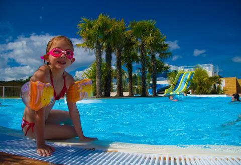 camping-alizes-lannion-parc-aquatique-piscine