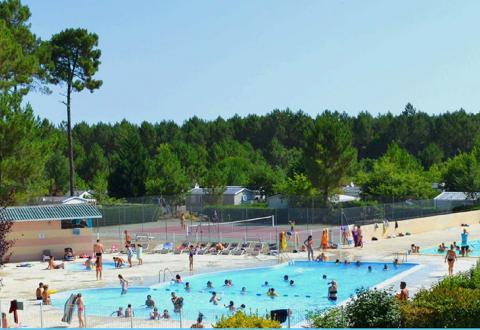 camping-dune-de-contis-piscine