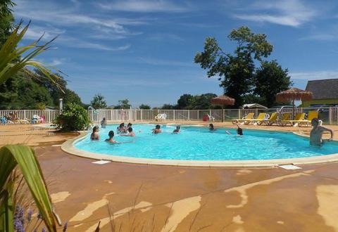 camping-kersentic-fouesnant-piscine