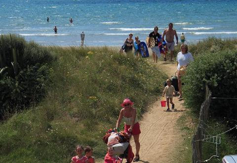 camping-plage-treguer-finistere-plonevez-porzay-mer