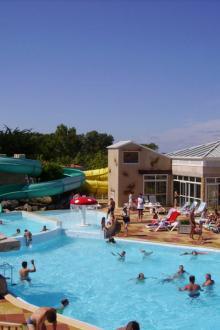 01-bois-soleil-piscine-exterieure.jpg