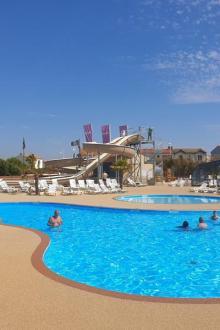 01-village-corsaire-piscine.jpg
