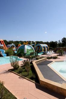 camping-carbonnier-piscine en hauteur.JPG