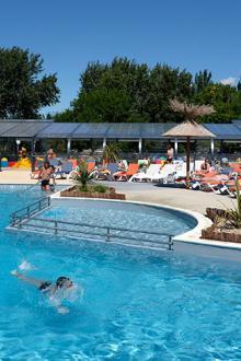 Location mobil home avec piscine chauff e vacances en camping - Europ camping st jean pied de port ...