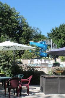 camping-moulin-des-sandaux-piscine-et-toboggan
