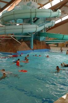 camping-rochat-piscine-couverte