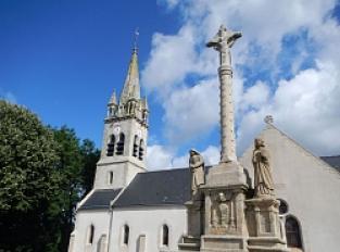Brandivy, Eglise St Aubin