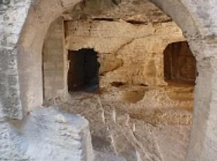 Abbaye troglodytique de Saint-Roman