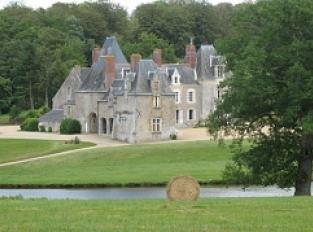 Point du vue sur le château de la Bretonnière