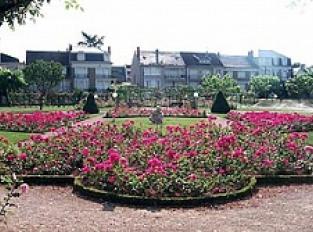 Square Marcel Cerdan, roseraie municipale