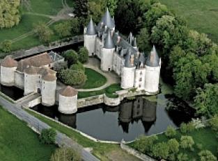 château de Bourg Archambault (privé, visite sous certaines conditions)