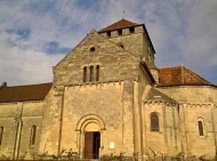 Eglise romane de Montagne