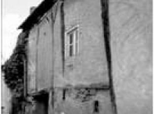 La grange aux Dîmes et le chemin vers la rue Saint Michel