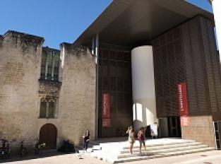Ancien couvent des Jacobins (XVe), Médiathèque François Mitterand et jardin de la médiathèque