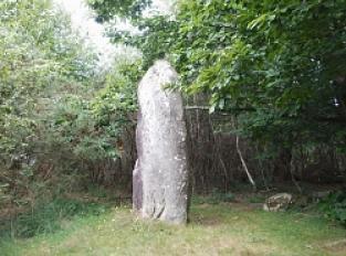 Moustoir-Ac, Menhir de Kerara