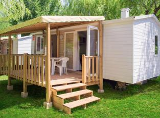 france-mobil-home-terrasse-couverte