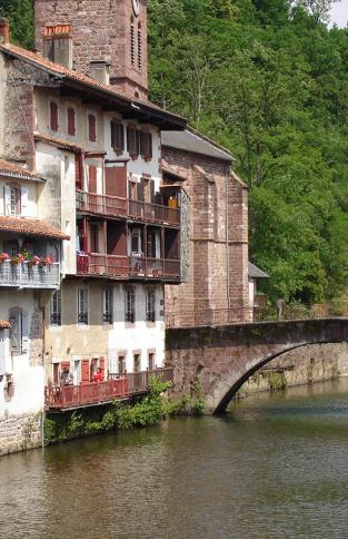 Location de mobil home pays basque vacances en camping - Train biarritz to saint jean pied de port ...