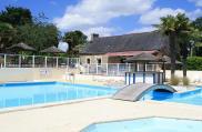 camping-kerscolper-environnement-piscine