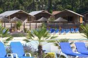 camping-natureo-vue-piscine-et-lodge