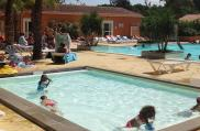 camping-pinede-enchantee-pataugeoire