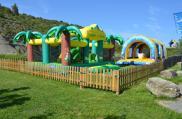 camping-saint-amand-ardeche-jeux-gonflables