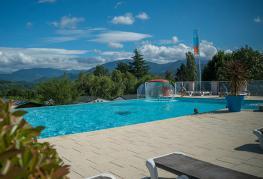 Midi-Pyrénées-piscine-03.jpg