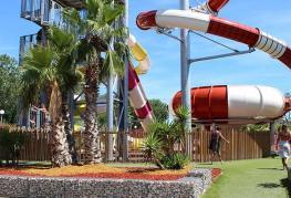 Oasis-palavasienne-Fun-Pool-02.jpg
