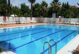 camping-bellsol-pineda-del-mar-piscine-bain-de-soleil