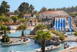 camping-brunelles-longeville-sur-mer-vendee-parc-aquatique.jpg