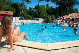 camping-cypres-saint-gilles-vendee-piscine