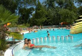 camping-domaine-de-gaujac-parc-aquatique