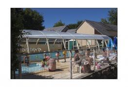 camping-parc-du-charouzech-piscine
