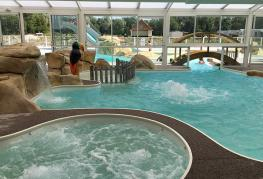camping-roseliere-piscine-couverte