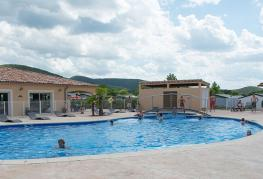 camping-sous-bois-st-maurice-d-ibie-equipements-2-piscines-2019