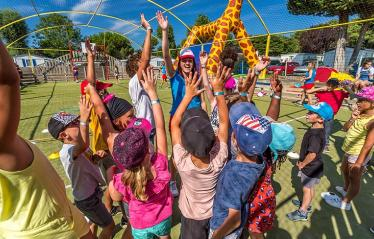 camping-riez-a-la-vie-vendee-services-club-enfants-2019
