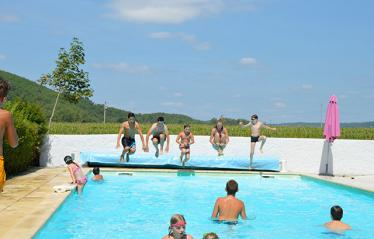 camping-vignes-lot-piscine-grand