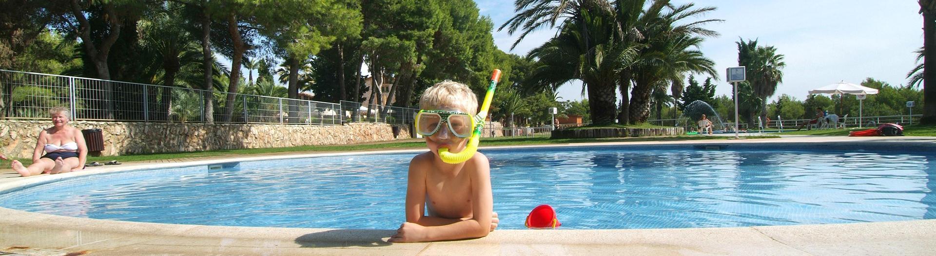 slider-camping-vilanova-park-costa-dorada-piscine