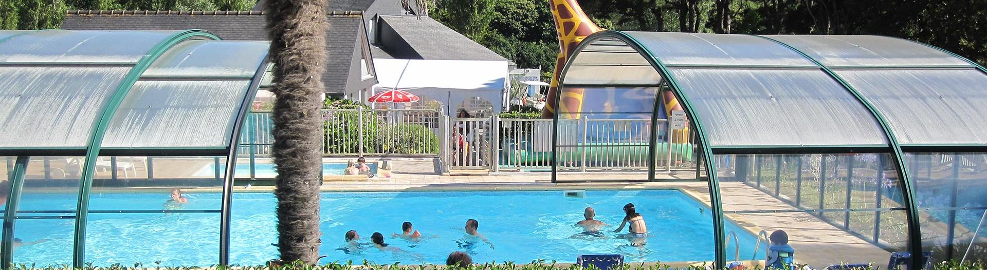 slider-camping-capucines-piscine-couverte