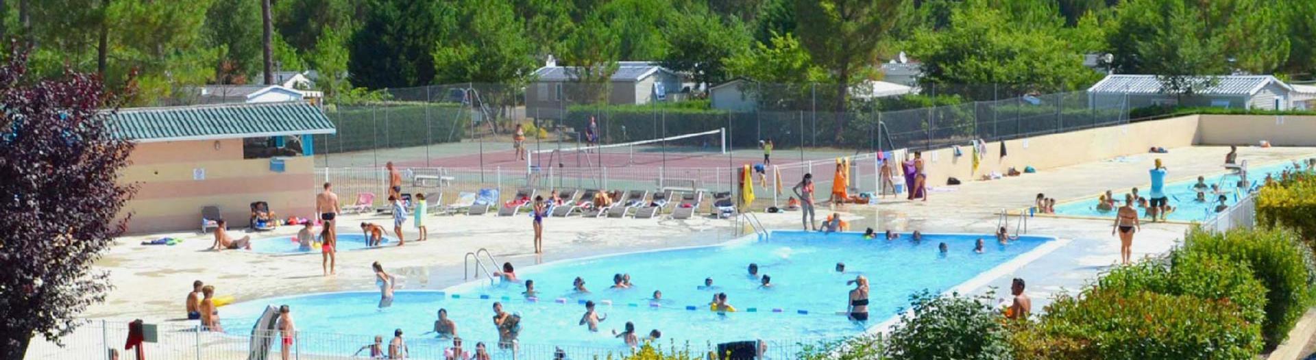 slider-camping-dune-de-contis-piscine