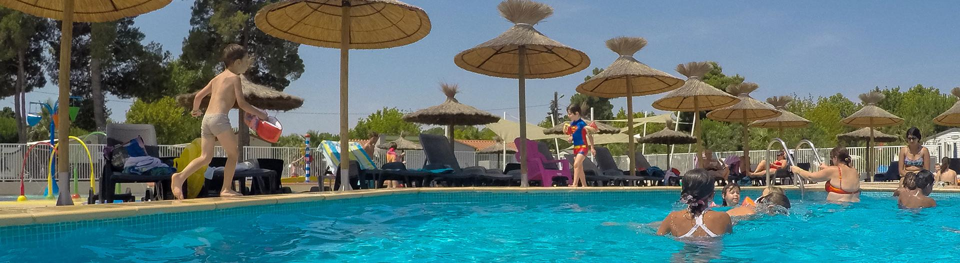 slider-camping-le-bosc-piscine