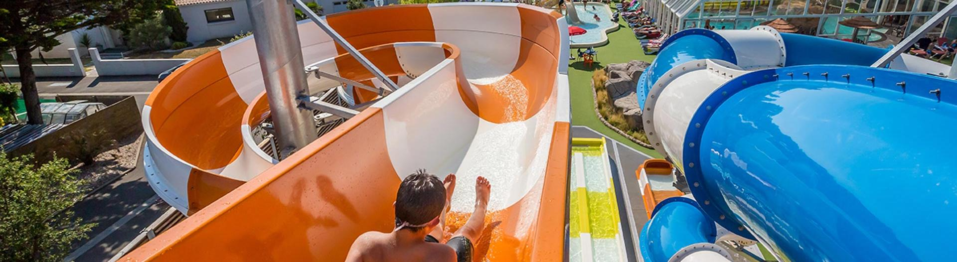 slider-camping-les-pirons-parc-aquatique-2019