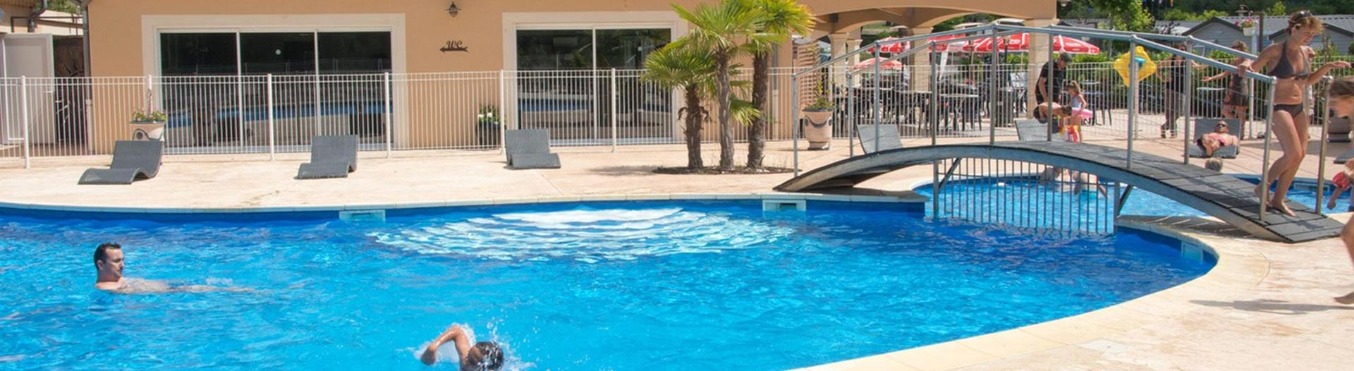 slider-camping-sous-bois-st-maurice-d-ibie-loisirs-piscine-harricot