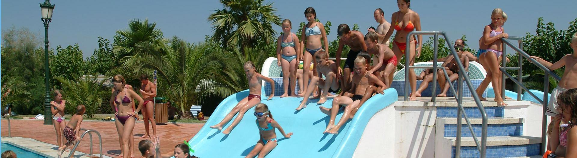 slider-camping-vendrell-playa-piscine-costa-dorada
