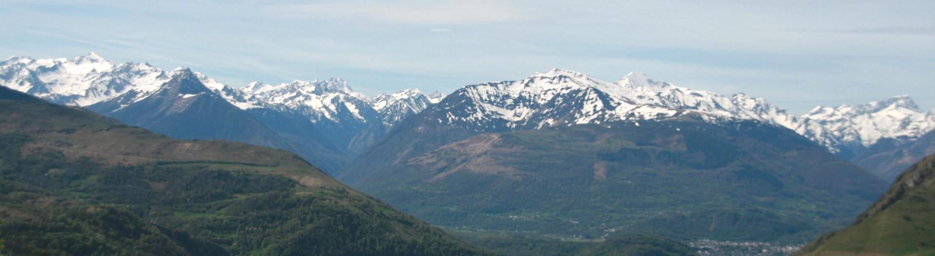 slider-camping-vieux-berger-Lourdes-vue-sur-les-pyrenees